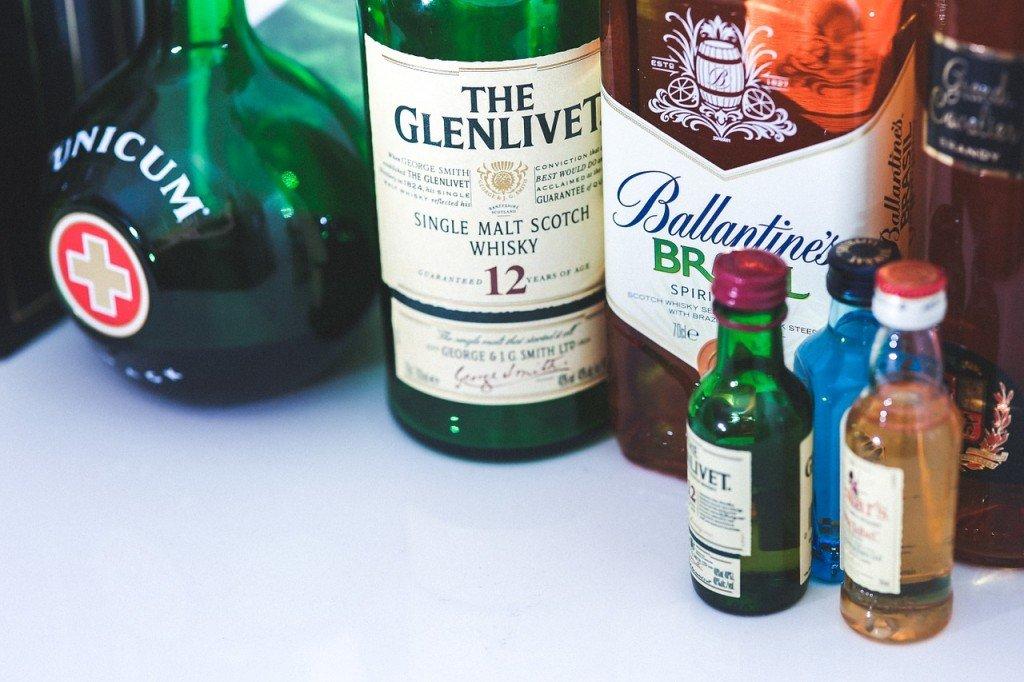 Como transportar bebidas alcoholicas en el equipaje de mano