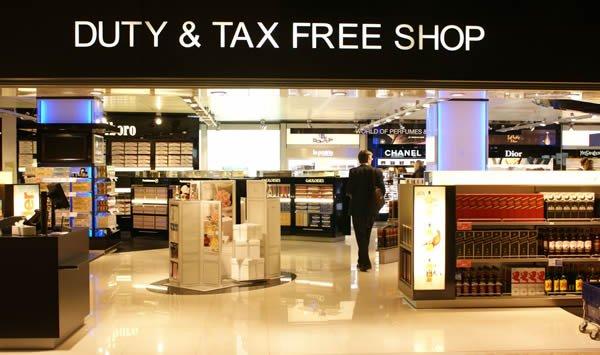 Comprar bebidas zona duty free aeropuerto