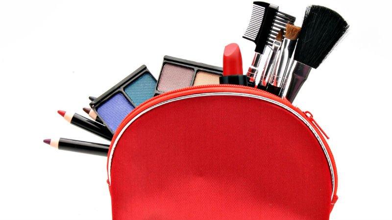 Como llevar maquillaje o cosmeticos en el equipaje de mano