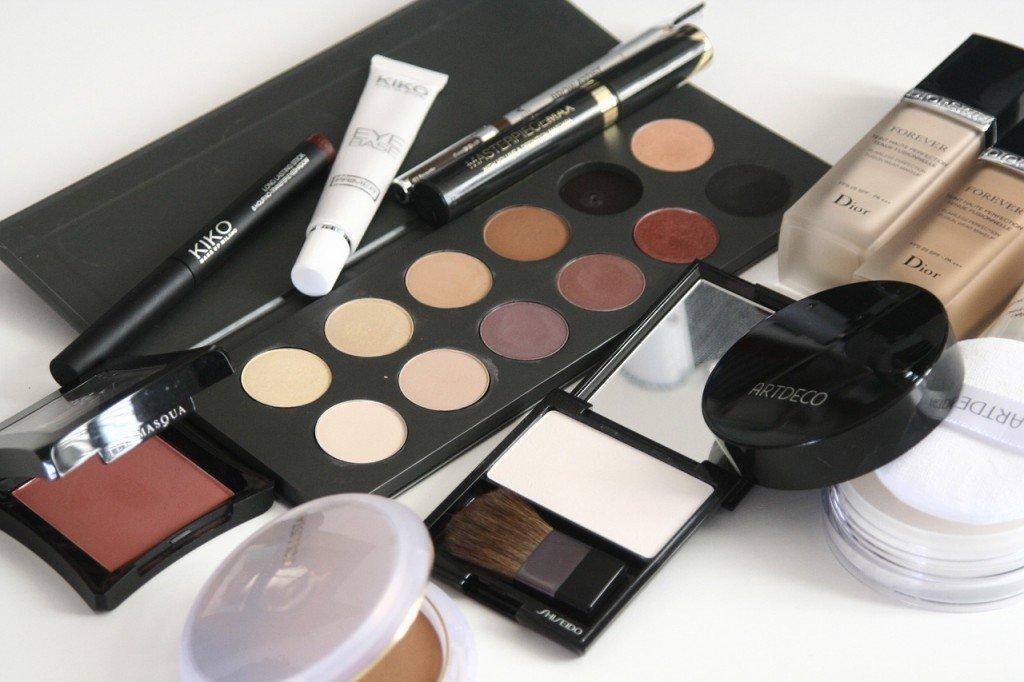 Consejos para llevar maquillaje en el equipaje de mano