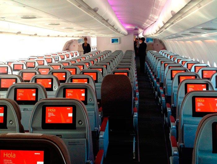 Equipaje para un vuelo internacional en avión