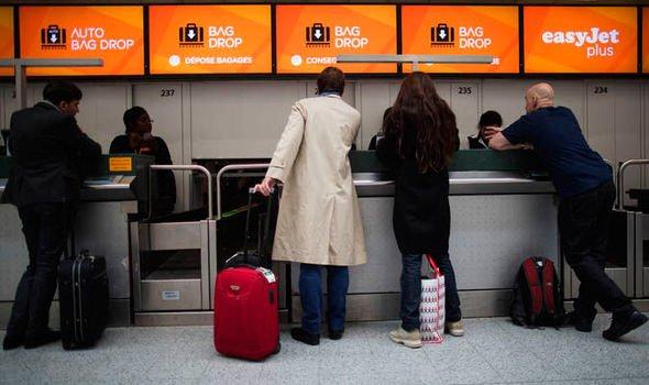 Equipaje de mano y equipaje facturado permitido en easyjet - Maletas cabina easyjet ...