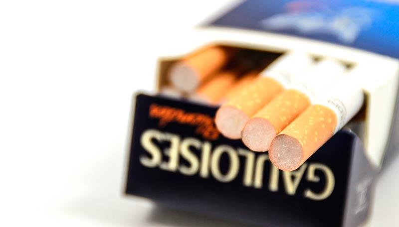 llevar tabaco en el equipaje de avión