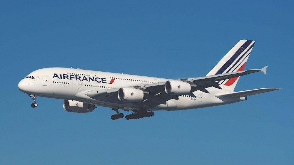 Equipaje de mano y facturado permitido en Air France